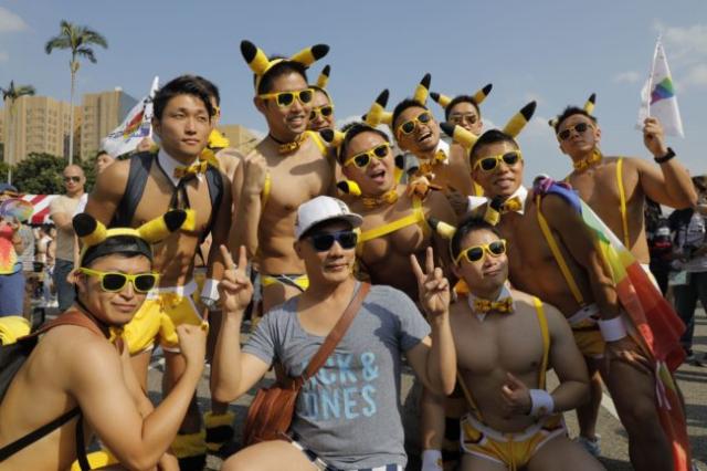 Parada LGBTI de Taiwan reúniu milhares nas ruas